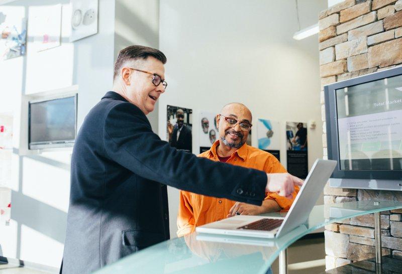Software Sales People